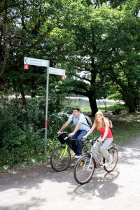 Two Cyclists on Barbarossa Bike Trail